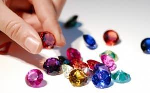 Какво представляват рождените камъни